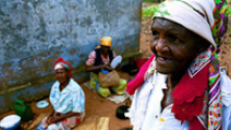 Elderly women in Mozambique. - Photo: Flickr/World Bank